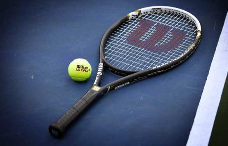 Best-Tennis-Racquets-Review