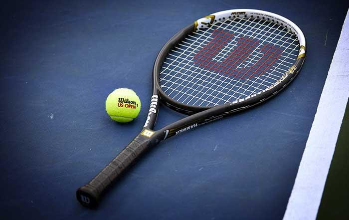 The 8 Best Tennis Racquets Reviews in 2019